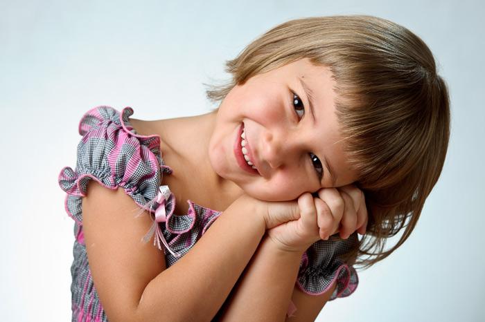 Портретная фотосессия - начало фотосъёмки одного дня в детском саду