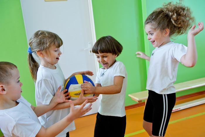 Фотосъёмка детей на физкультуре в детском саду
